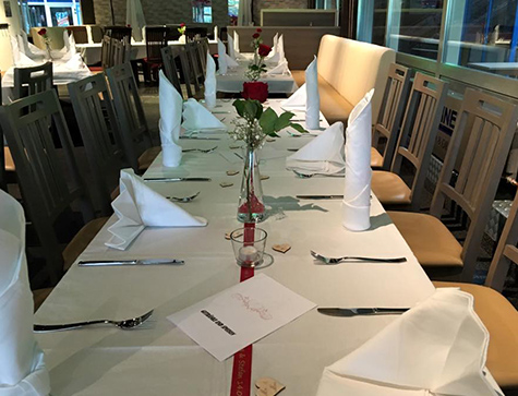 Hochzeitsevent - Blueliner Bar & Diner, Burger & Mehr, in der HeliNet Eissportarena, Karl-Koßmann-Straße 1, 59071 Hamm